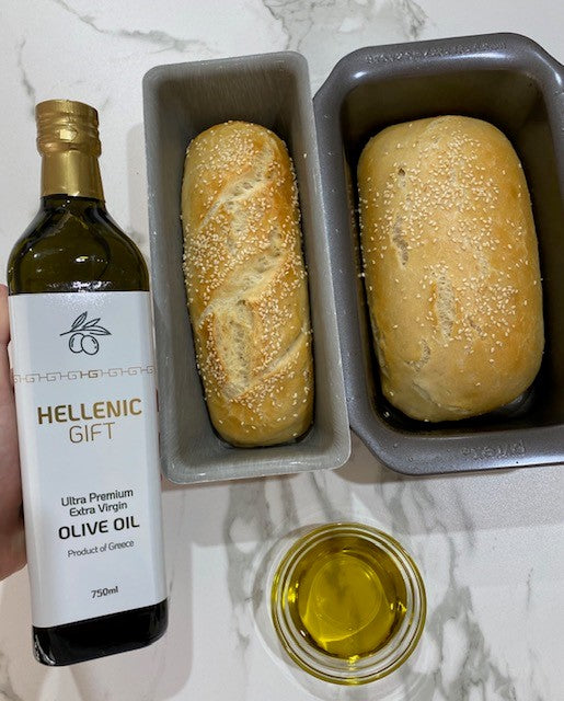 Load image into Gallery viewer, Hellenic Gift Olive Oil and Bread