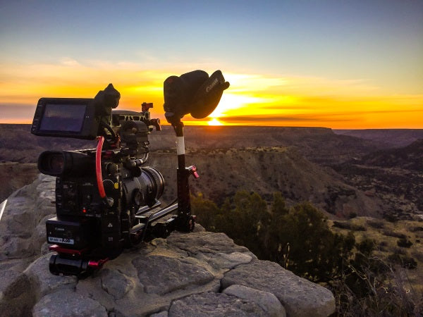 Rod Guajardo with the Canon C200 Shoulder Rig from Zacuto_3