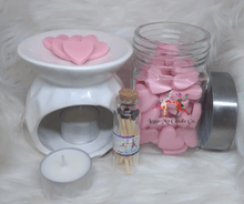 Load image into Gallery viewer, Oasis Wax Melts - Three Girls Plus & Leggo My Candle