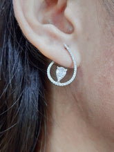 Load image into Gallery viewer, Overlap Deco Diamond Earrings