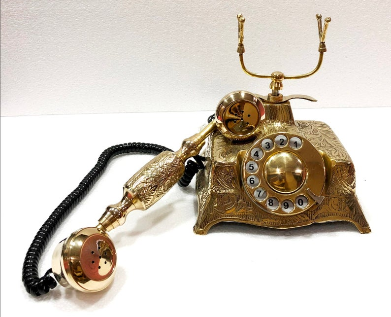 Victoria Model Dial Telephone.