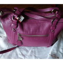 Load image into Gallery viewer, Coach fusia pebbled leather