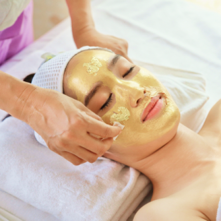 <p>Experience the epitome of luxury with 24 Karat Gold Facial Treatment – ULTIMO GOLD. This revolutionary skin-transforming treatment penetrates 24 Karat Gold till the skin's deepest layer that accelerate cell renewal, stimulate lymphatic drainage and promotes the clearance of stagnant melanin to brighten the skin. The energy inherent in pure gold, eremites and revives the skin, giving it a fresh, glowing and healthy complexion.</p>