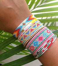 Load image into Gallery viewer, FLORES Loom Bracelet