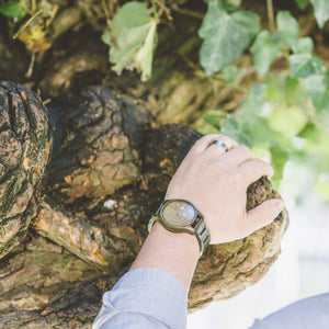 How to care your wooden watch and sunglasses