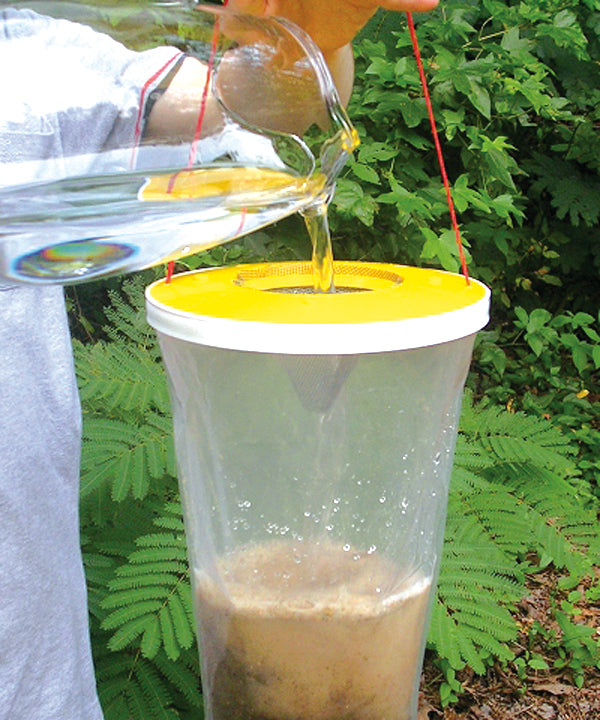 Add Water to Your Flies Be Gone Fly Trap Bag
