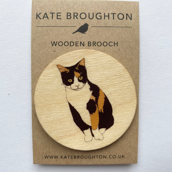 Calico cat wooden brooch