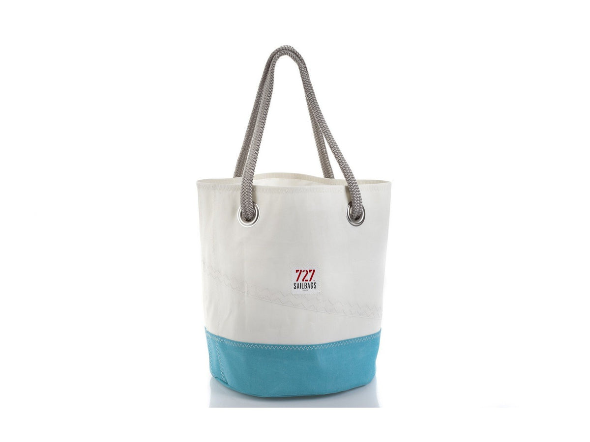 "Sports Bag ""Diego"" in Recycled Sail"