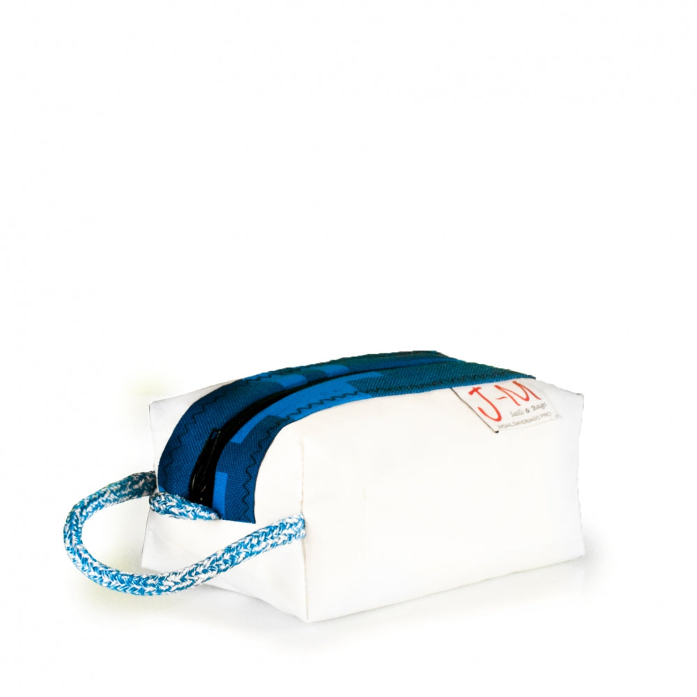 Toiletry bag Golf small, white / blue (45) J-M Sails and Bags