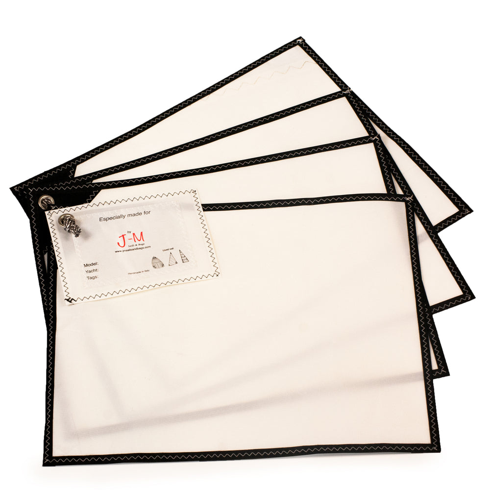 Placemats white polykote and black 4pax, J-M Sails and Bags