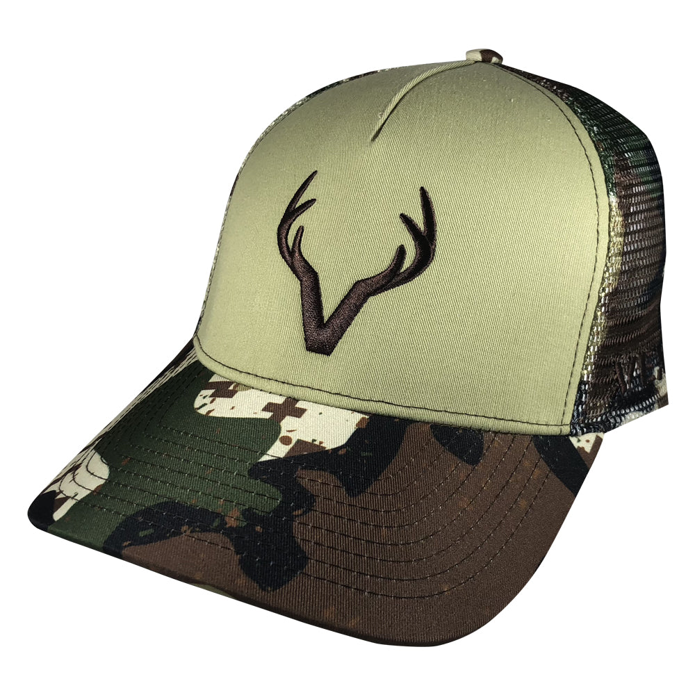Vexil Outdoors - Buck Deer - Tan/Late Pursuit Camo