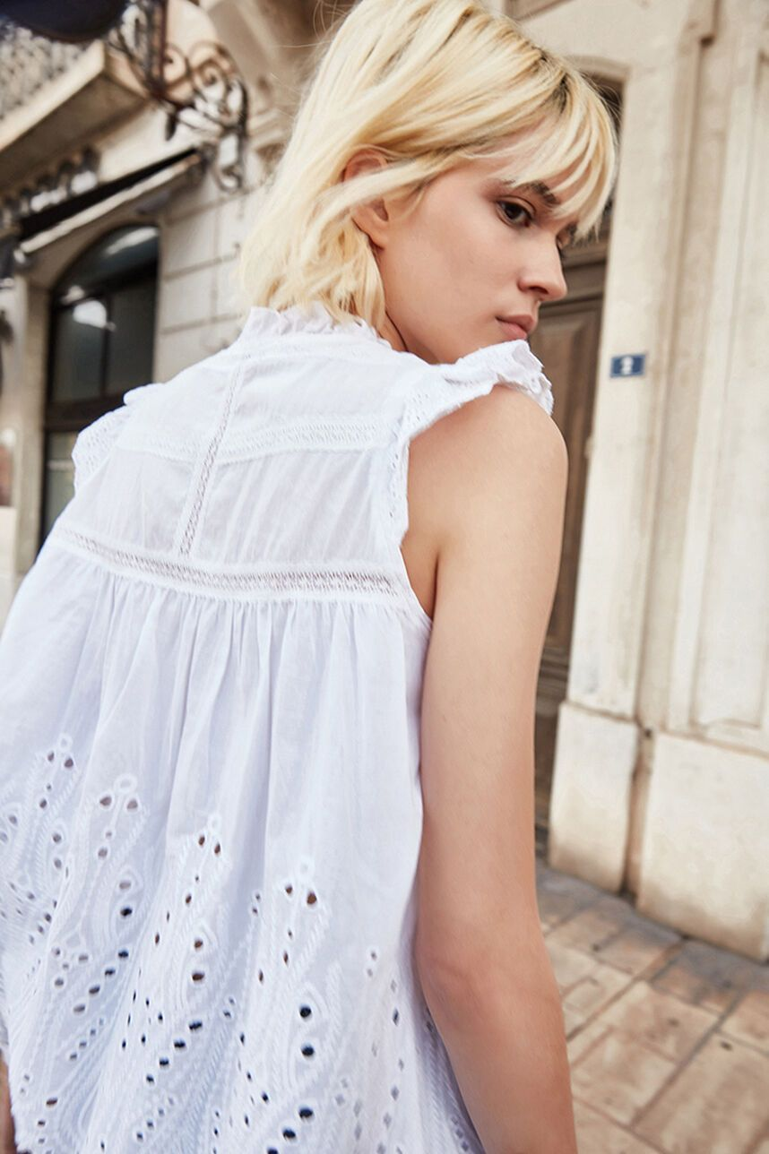 T-AGATHA Top broderie anglaise
