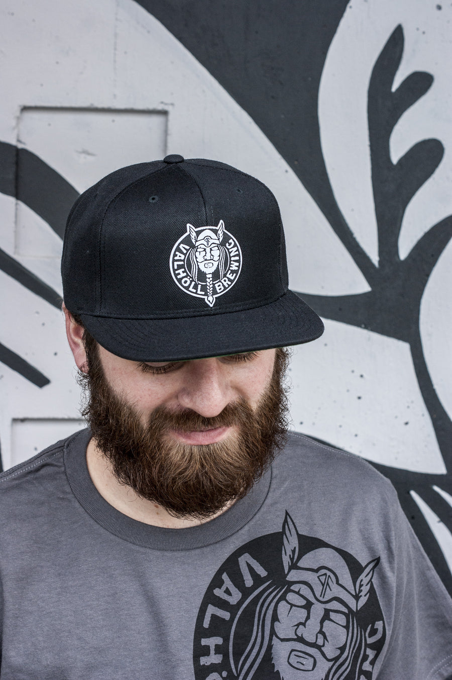 Valhöll Brewing · Black Snapback