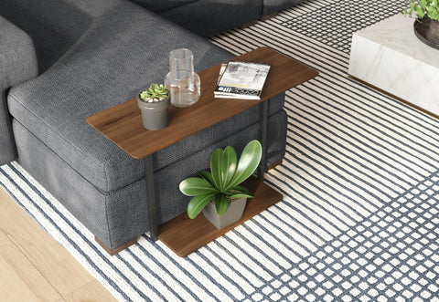 DE.CI Furniture L.IT Side Table