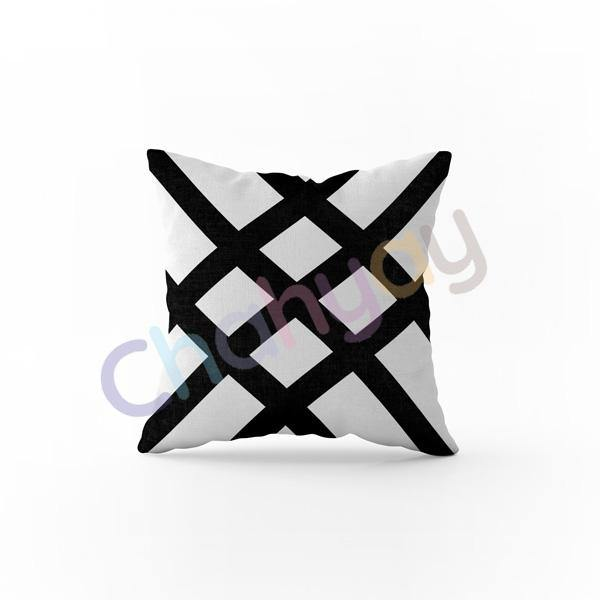 Stripp Cushion