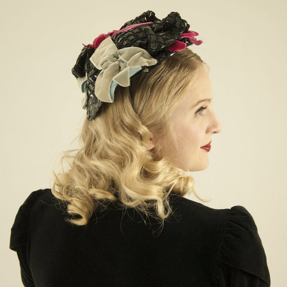 Vintage 1930s black fascinator hat, fuchsia pink gray velvet ribbon bows, woven raffia formal headpiece 1940s Sunnyland Victorian