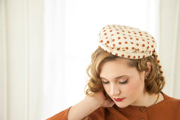 Vintage 1950s white polka-dot hat, ivory brown pin-up small beret style fascinator, school girl baker 1940s