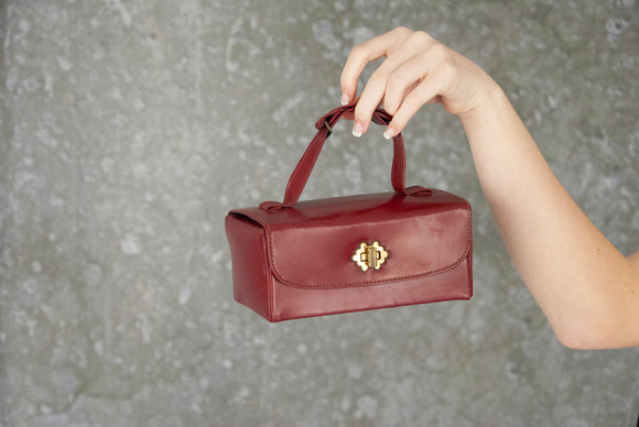 Vintage maroon box purse, dark red vinyl faux leather, small rectangular brass gold 1950s pin-up 1960s mod