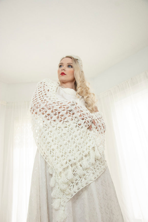 Vintage off-white shawl wrap, white crochet tassels fringe, long soft acrylic scarf formal wedding bridal cover up, 1950s