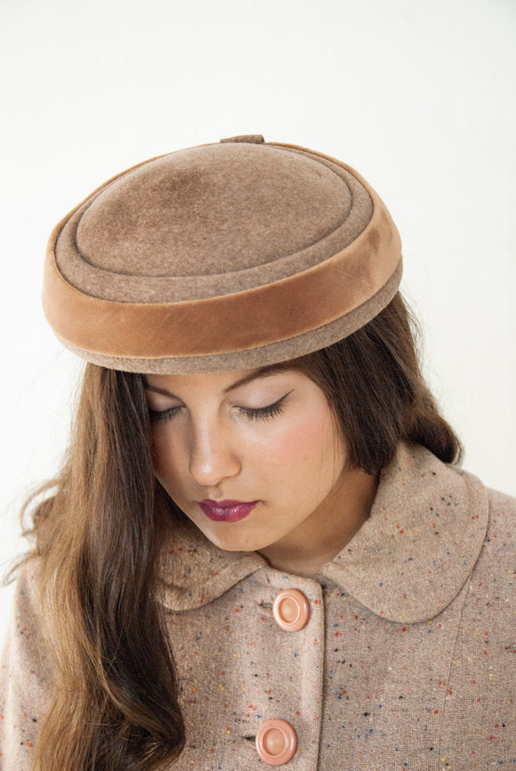Vintage 1950s brown hat, tawny neutral wool velvet pillbox, fall autumn winter mid-century