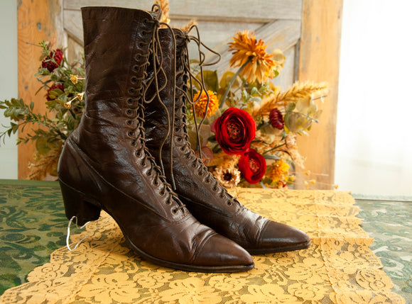 Antique brown Victorian boots, genuine leather lace up steampunk granny ankle shoes 5.5 6 1800s