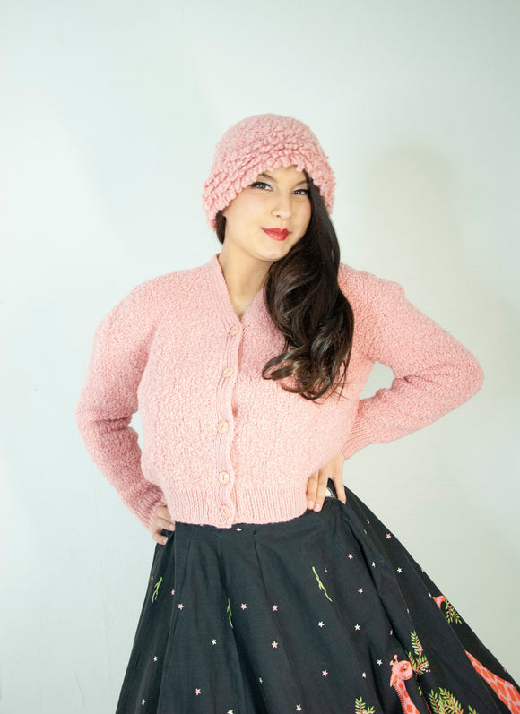 Vintage 1950s pink sweater hat set, wool dusty knit cardigan winter boucle beanie, Lucite buttons, pin-up min-century M L