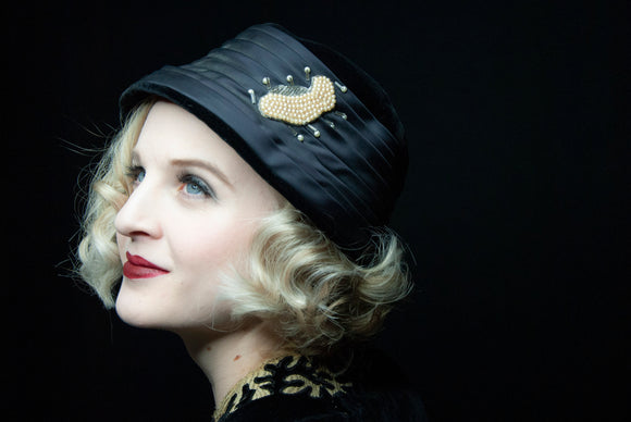 Vintage black velvet hat, embellished beading pearl beads formal satin 1950s, 1920s style