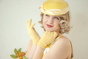 Vintage yellow knit gloves, short lace fishnet sheer formal evening prom wedding bridal wrist stretch, 1950s S M L