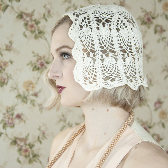 Vintage 1920s white lace cap, crochet headpiece cloche, wedding formal flapper Gatsby hat off-white antique art deco