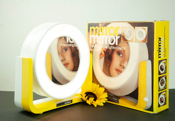 Vintage 1970s yellow makeup mirror light, vanity lamp, gold tabletop lighted hanging magnified, original box NOS