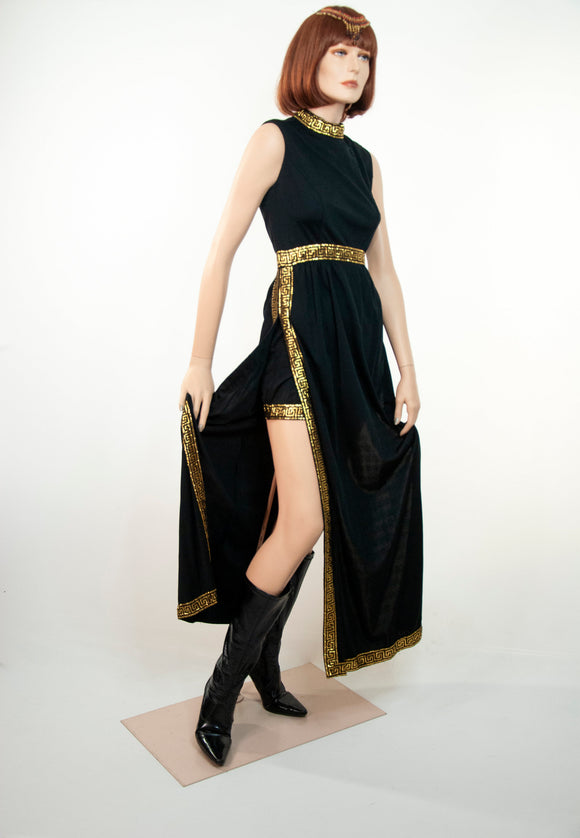 Vintage black & gold outfit, two-piece set, high waist shorts, sleeveless high slit tunic maxi dress, lamé meander, 1970s retro Egyptian S M