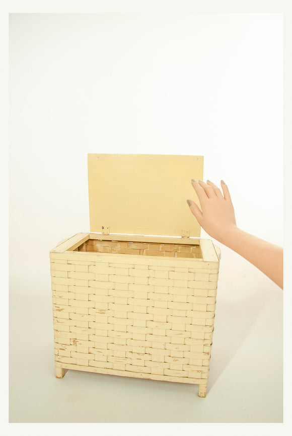 Antique small wicker hamper, ivory light yellow painted wood clothing storage organization, 1800s Victorian