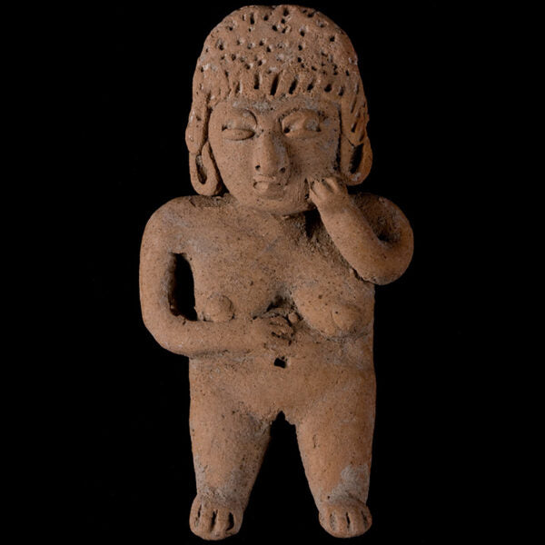 Very Expressive Female Figure in Terracotta. Chupcuaro. I Century B.C.