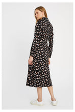Lade das Bild in den Galerie-Viewer, PIPER Floral Shirt Dress