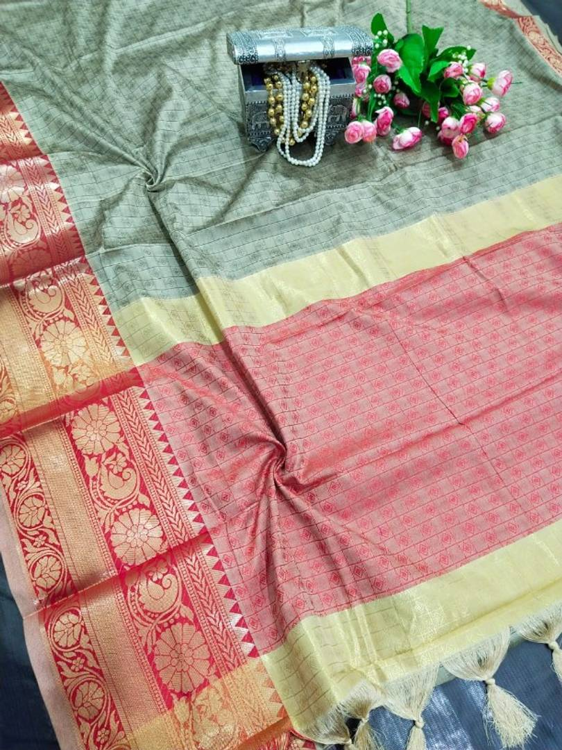 Pure Cotton Silk Saree With Contrast Pallu with Blouse piece