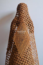 Load image into Gallery viewer, Sandalwood fine Carved Art Piece Rajasthani Lady - Arts99 - Online Art Gallery