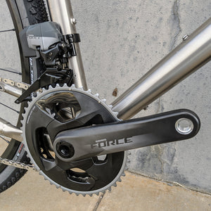 New Wide-Range Electronic Drivetrain Options for Gravel Bikes