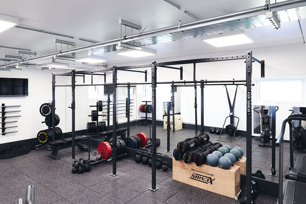 Full gym kit out with rigs, plates and accessories