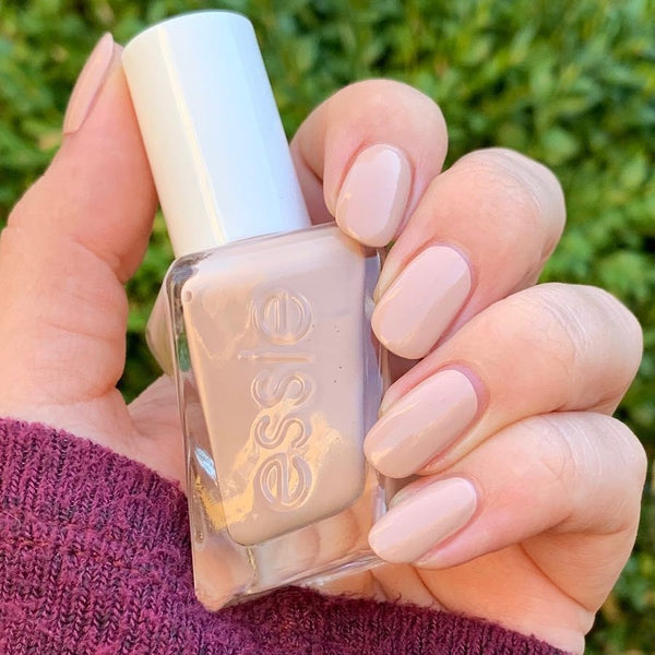 Essie Gel Couture in Buttoned & Buffed