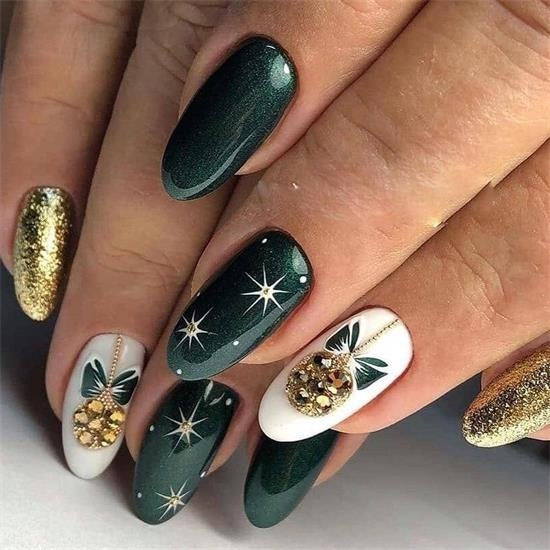 Green Nails for Christmas