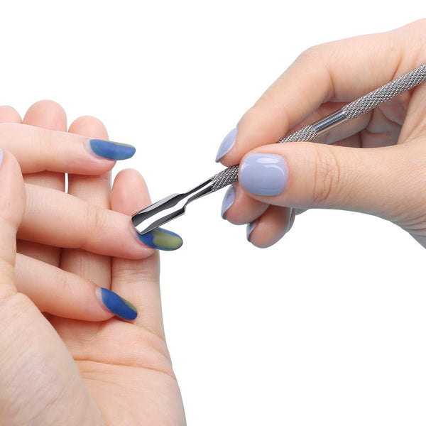 Nail cutter and Cuticle Pusher by AbyBom