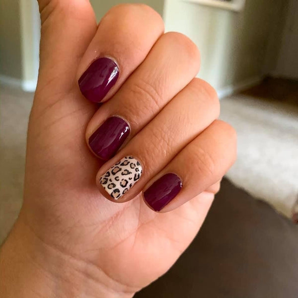 Spotted Fall Nails