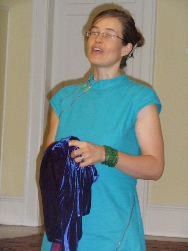 Angela Stokes-Monarch giving her Raw Food Transformation Talk, Aug 11 2009