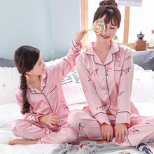 Load image into Gallery viewer, Autum Spring Pajamas Suit for Mother Kids Family Matching Outfits Mother and Daughter Son Women Clothing Child Mommy  Outfits