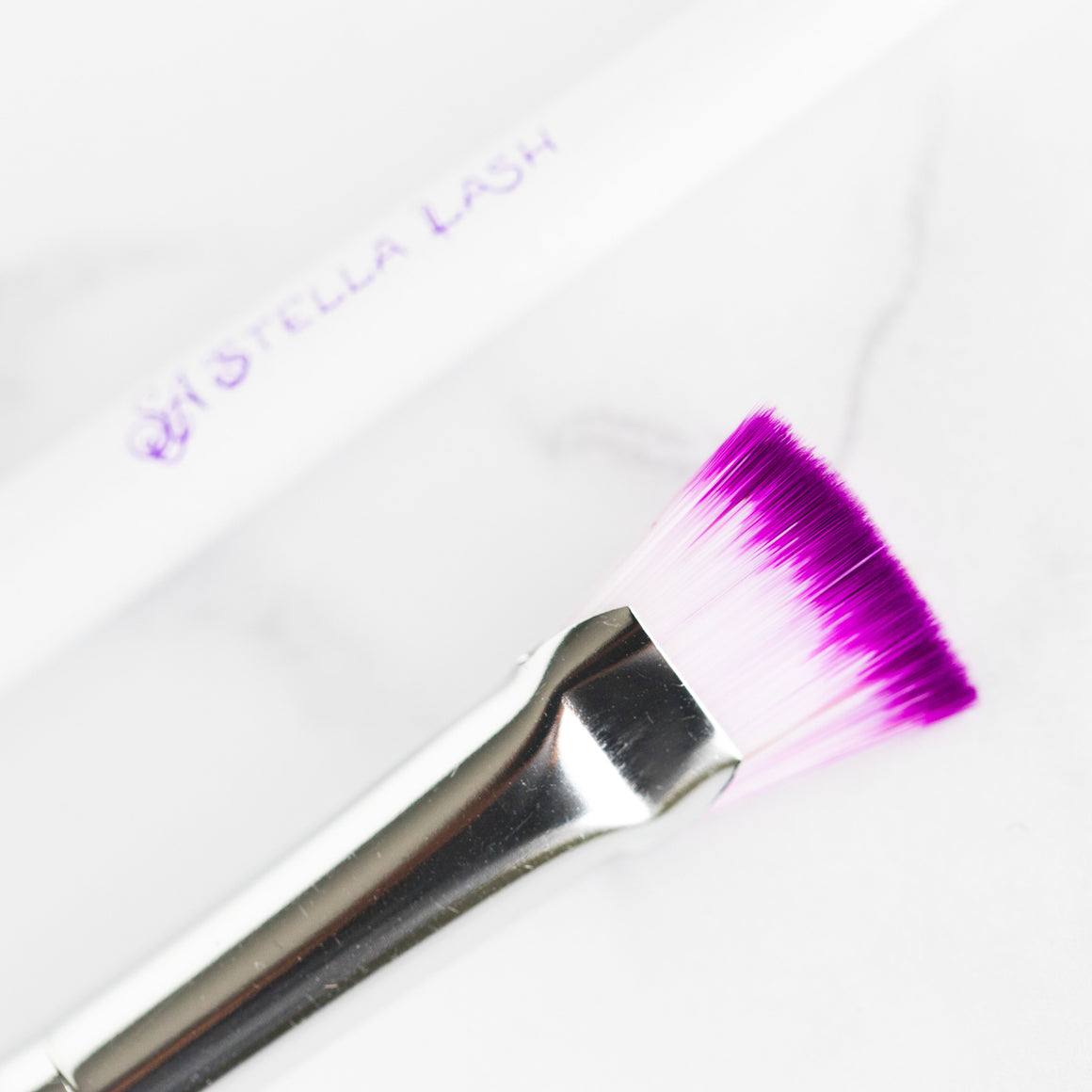 Mini Lash Fan Cleaning Brush - The Lash Shop @ StellaLash