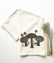Load image into Gallery viewer, Mushrooms Flour Sack Towel