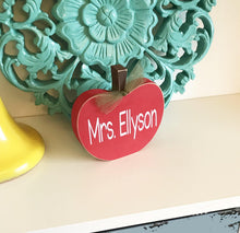 Load image into Gallery viewer, Personalized Teacher Gift - Apple Desk Name Plate