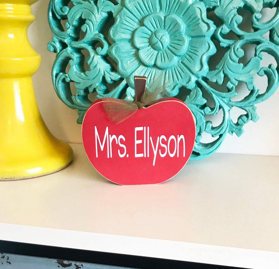 Personalized Teacher Gift - Apple Desk Name Plate