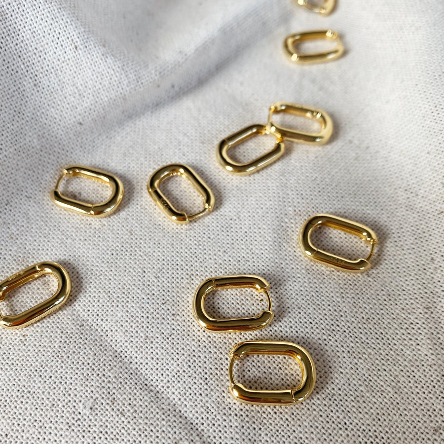 Oval Link Huggies in Gold