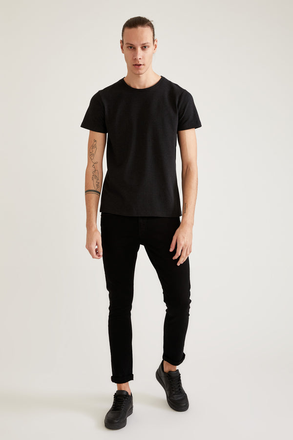 Slim Fit Crew Neck Short Sleeve Knitted Body - Black